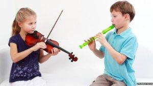 _76816966_children_playing_instruments